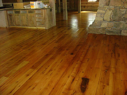 Reclaimed Barn Wood Flooring & Paneling